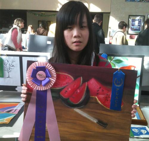 高中生一等奖科幻画素描展示图片