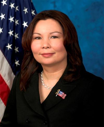 11月6日大选,拥有一半华裔血统的谭美.
